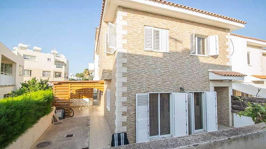 **REDUCED PRICE** Lovely 3 Bedroom Semi-Detached Villa in Paralimni WITH TITLE DEEDS €175,000 (From €185,000)