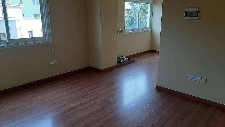 Office for sale-rent/center