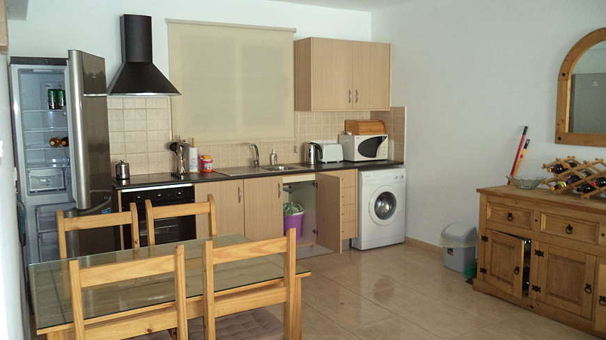 SUPER OFFER - REDUCED PRICE FOR QUICK SALE - 1 Bedroom Ground Floor Apartment