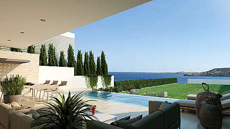 SUPER OFFER-REDUCED PRICE FOR QUICK SALE-3 Bedroom Detached Luxury Sea Front Villa/Cape Greco