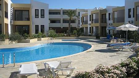 2 bdrm flat for sale/Mazotos