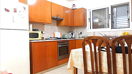 Large 2 Bedroom Apartment in Paralimni WITH TITLE DEEDS